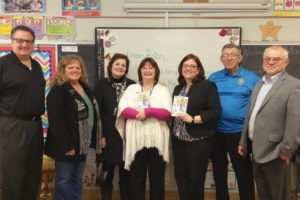 Medina Rotary Club Gives Third Graders Their Own Books.