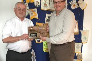 Recognizing a Past Rotary President