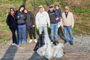Rotarians Clean Up Along Erie Canal
